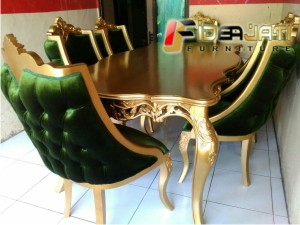 Meja Makan Classic 6 Kursi finishing gold